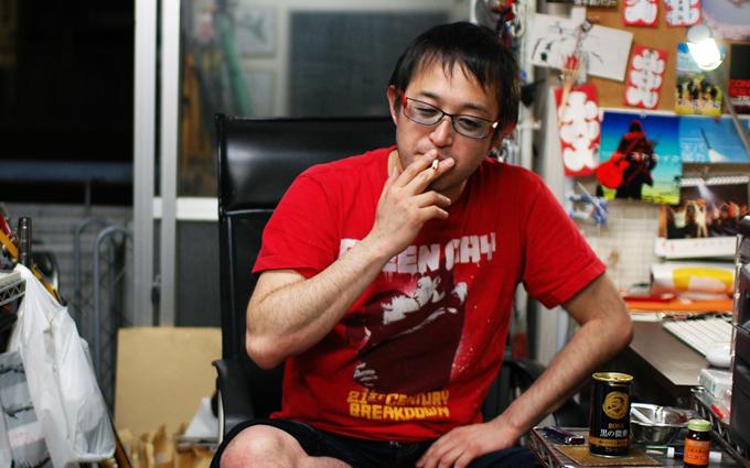 勝山 康晴が語る「公演も宣伝も経理も、すべてが作品」